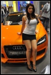 Audi-TT-8J-MK2-sexy-tuning-babe-at-show-1
