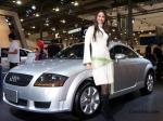 Audi-TT-8N-car-show-chick