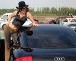 Audi-TT-8N-MK1-chick