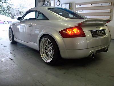 Audi tt spoilers