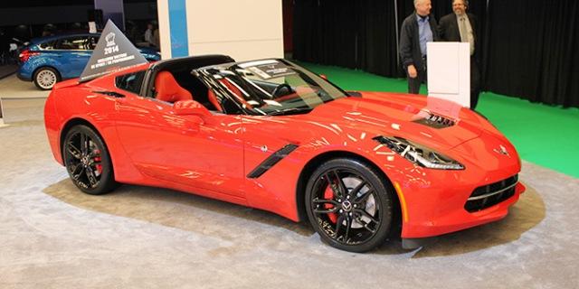 montreal-auto-show-2014-1-chevrolet-corvette-2015