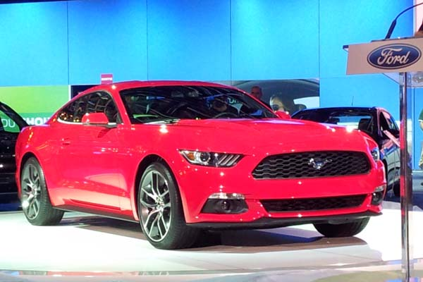 montreal-auto-show-2014-ford-mustang-2015